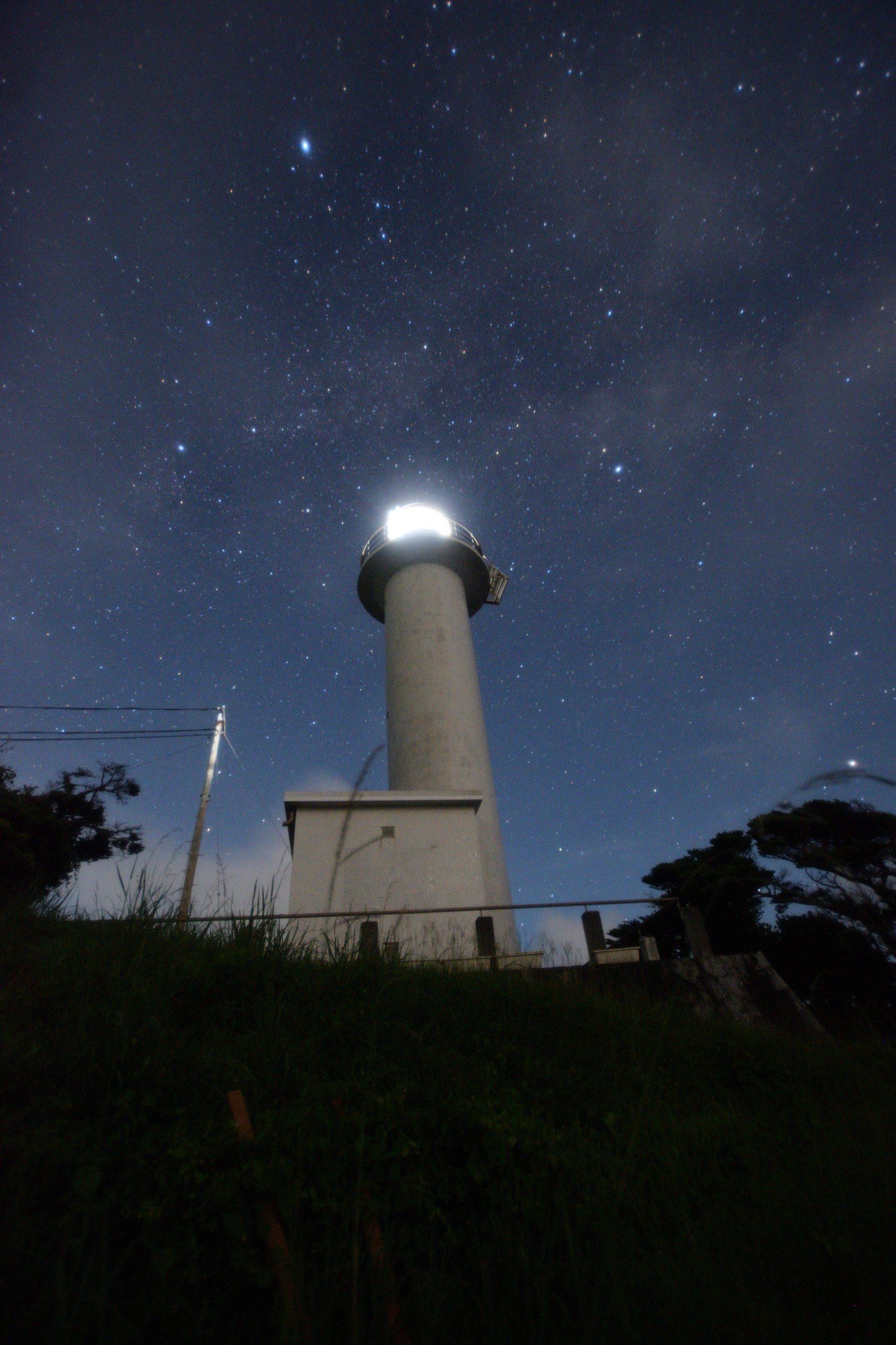 麦埼灯台と夏の大三角