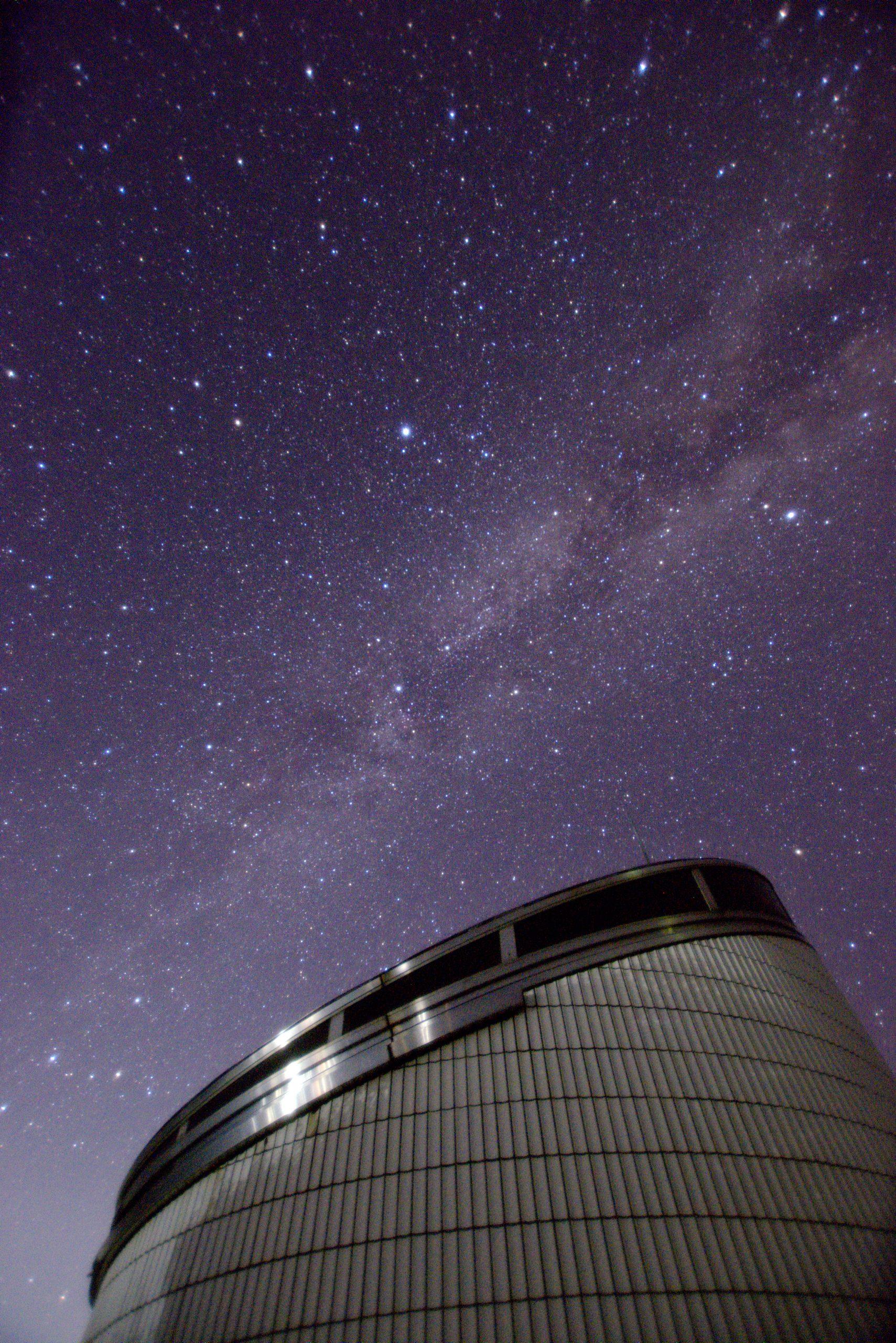 高塚山展望台と夏の大三角